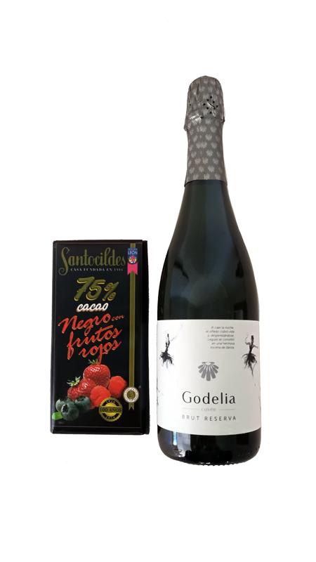 Cata Godelia Cuvée y Chocolate Negro con Frutos Rojos